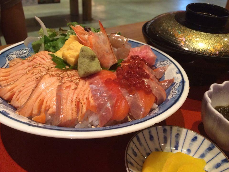 ▲親子鮭丼。